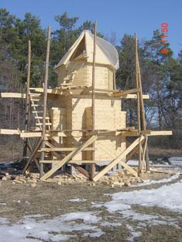 Будівництво каплички в оболоні